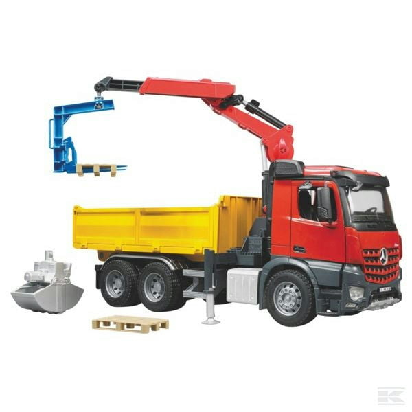 Childrens Toy Bruder MB Arocs with crane 2